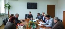 Potpisani ugovori koji se odnose na stambeno zbrinjavanje socijalno ugroženih porodica Roma