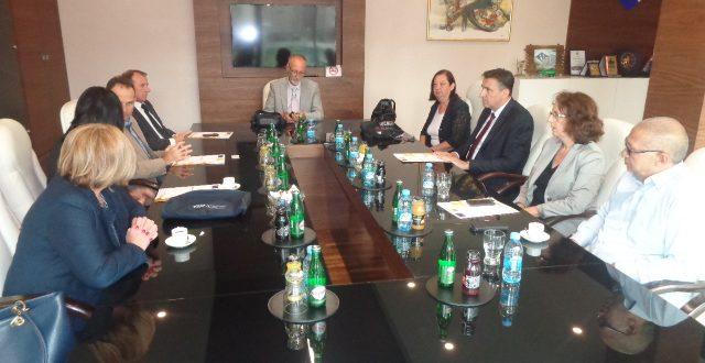 """Načelnik Nermin Mandra u svom kabinetu ugostio predstavnike finansijera i implementatora projekta  """"AKCIJA ROMA"""""""