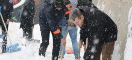 """Svi u akciju pod nazivom """"Lopate u ruke – pobijedimo snježne nedaće"""""""