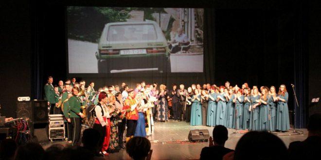 """Vrhunski kakanjski kulturni proizvod """"Bilo jednom na Balkanu"""" predstavljen publici u Bosanskom narodnom pozorištu Zenica"""