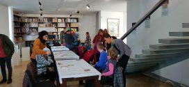 """Realizacija projekta """"Inkluzivni tvoj i moj muzej"""": Muzej Kaknja posjetili korisnici Dnevnog centra za djecu i odrasle sa posebnim potrebama Dobrinje"""