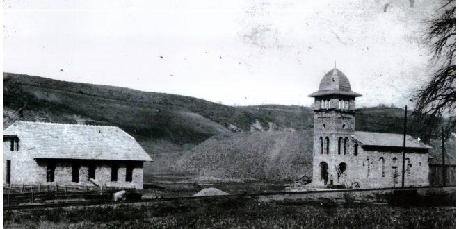 Pravoslavna crkva u Kaknju je sagrađena 1925. godine