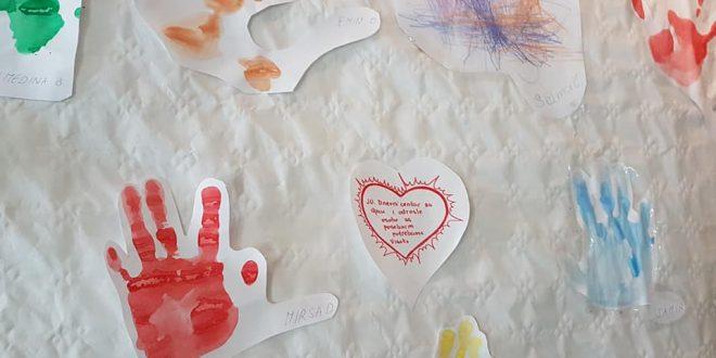 U Muzeju Kaknja otvorena izložba radova korisnika Dnevnog centra za djecu i odrasle osobe sa posebnim potrebama Dobrinje (Visoko)