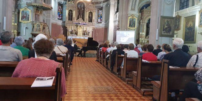 U Crkvi Sv. Ivana Krstitelja u Kraljevoj Sutjesci upriličen koncert Bartolomeja Stankovića, generalni pokrovitelj koncerta bila je Općina Kakanj i načelnik Nermin Mandra