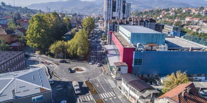 Građanin Vogošće: Potpuno novi asfalt, kameni ivičnjaci, trotoari i staza za bicikle! Kakanj izgleda prelijepo. Oduševljen sam!