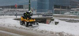 Sve na nogama: V.d. načelnik Aldin Šljivo na terenu, naredio intenziviranje zimskog održavanja puteva, naredio i upotrebu resursa PVJ Kakanj kao ispomoć zimskim službama