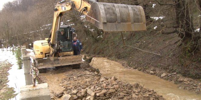 Nastavljaju se aktivnosti na saniranju posljedica poplava i vodenih bujica